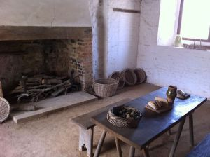 800px-Southampton_Medieval_Merchants_House_kitchen