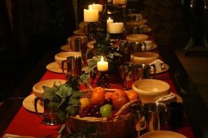 a medieval tablesetup 1