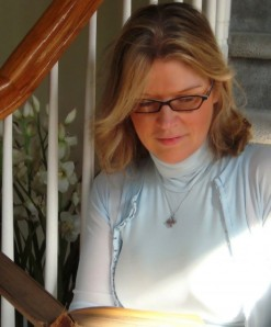 Alison DeLuca Headshot