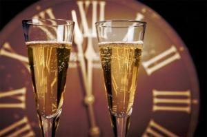 midnight-new-years-champagne