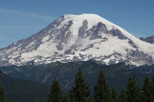 Mount Rainier, Nisqually Glacier, ©2010 Walter Siegmund Via Wikipedia
