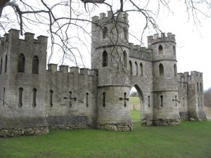 Ralph_Allens_Castle_-_geograph.org.uk_-_1762356