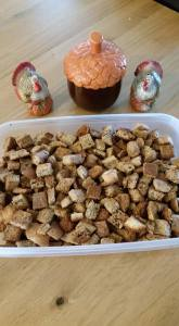 homemade croutons image © connie jasperson