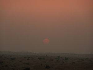 Sunset_in_Dubai_desert_12